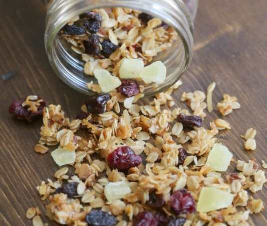 Crock Pot Honey Granola with dried fruit recipe