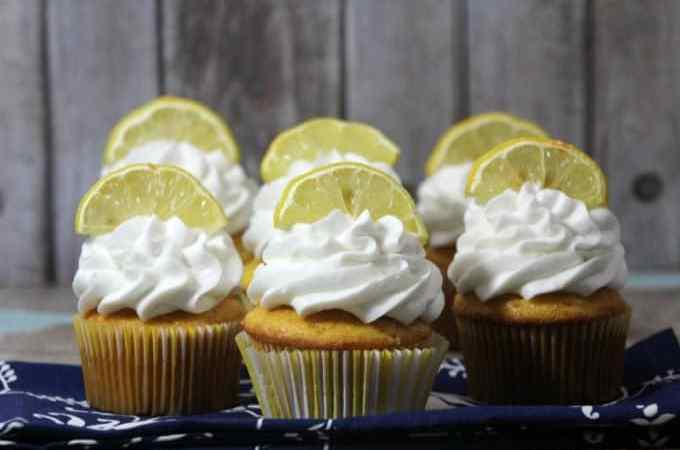 Delicious Lemon Cupcake Recipe
