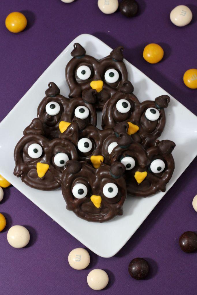 Chocolate Pretzel Owl Treats perfect for Halloween!