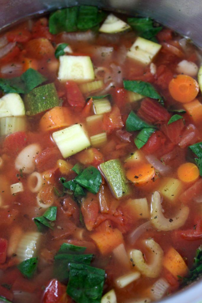 crock pot copy cat olive garden minestrone soup - Olive Garden Minestrone