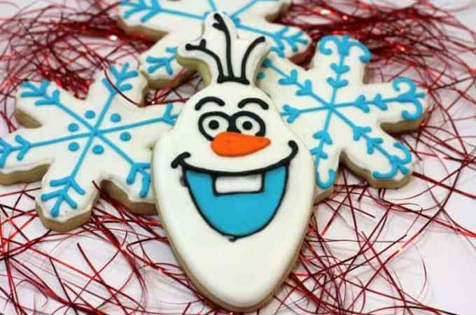 Seriously Cute Olaf Cookies!