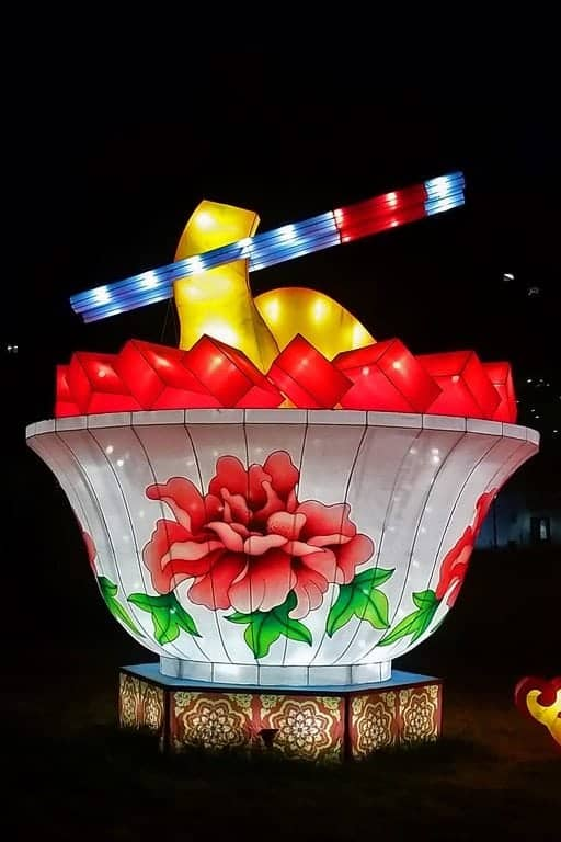 soup-and-Chinese-Lantern-Festival-Spokane.jpg