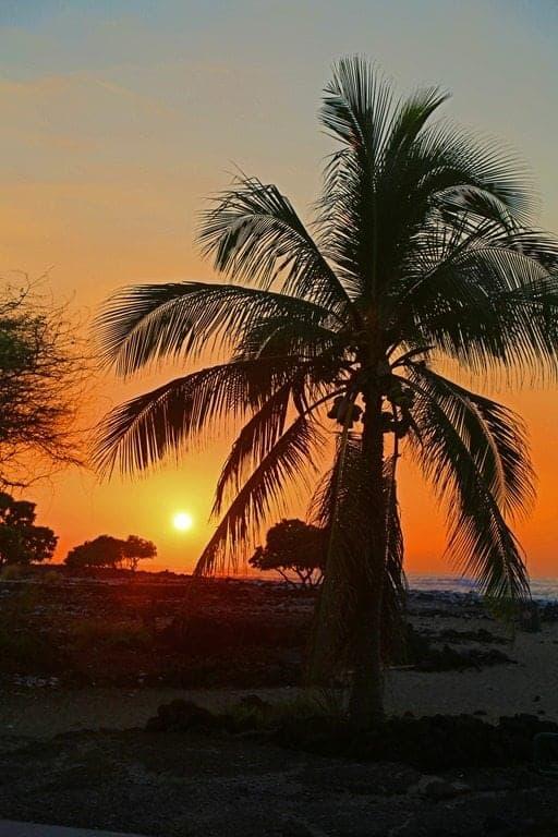 Kekaha-Kai-State-Park-Sunset.jpg