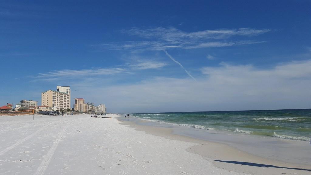 Destin sugar sand beach