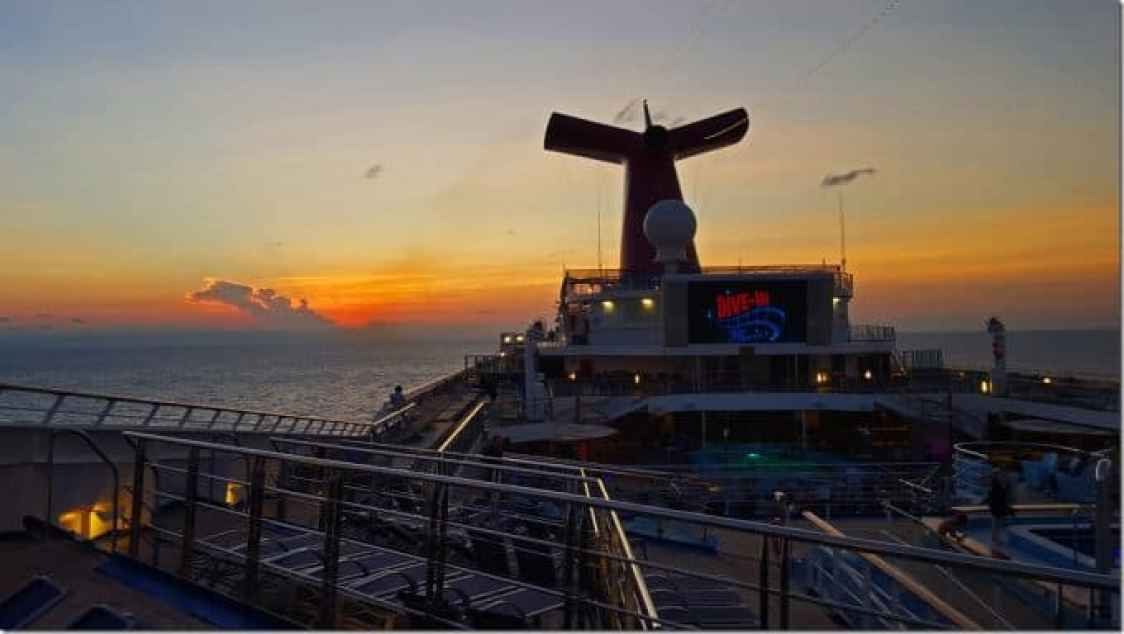 Dine in movies on Carnival Conquest