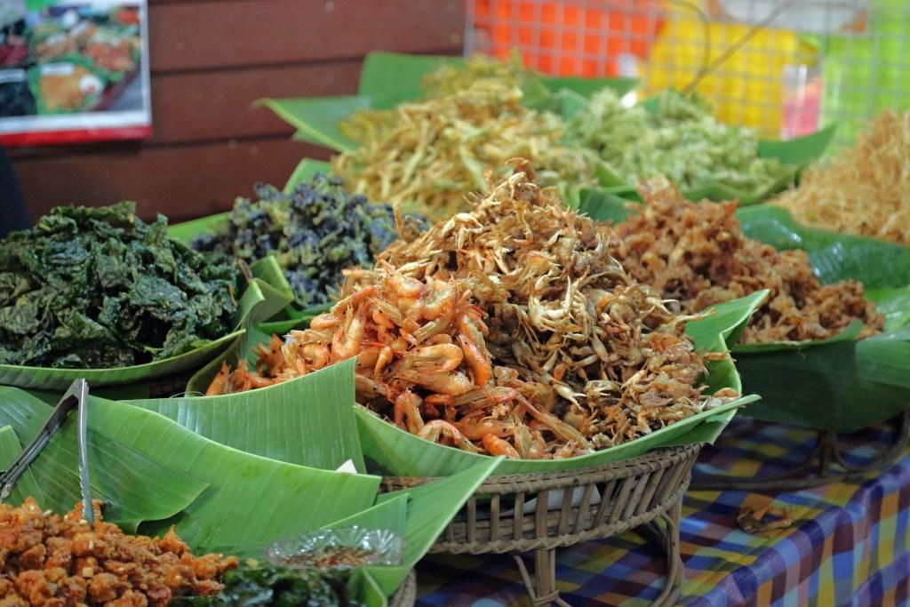 food optios at Sunday Market Thailand