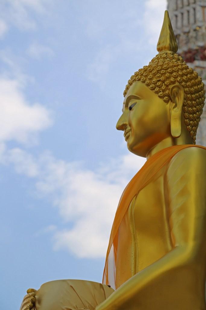 gold statue at Stupa of Wat Arun