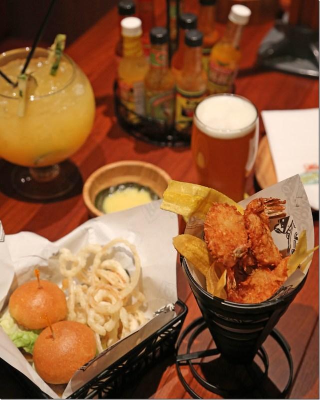 dinner at Redfrog Pub Carnival Vista
