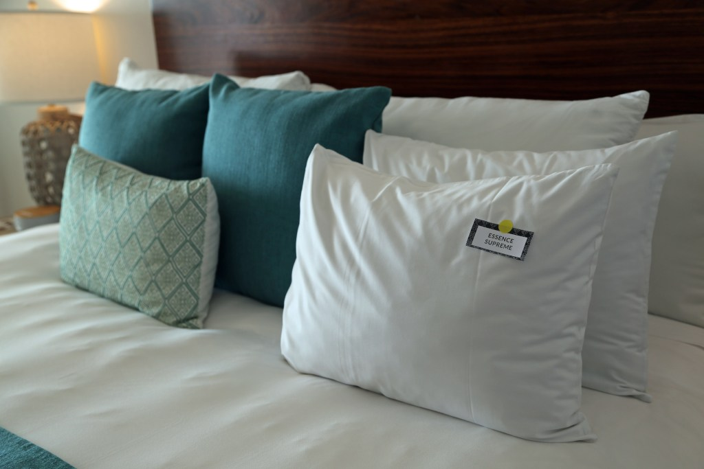 pillows-on-bed-at-villa-premeire-puerto-vallarta