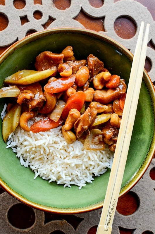 easy to make great slow cooker Cashew Chicken Recipe. The crock pot does all the work.