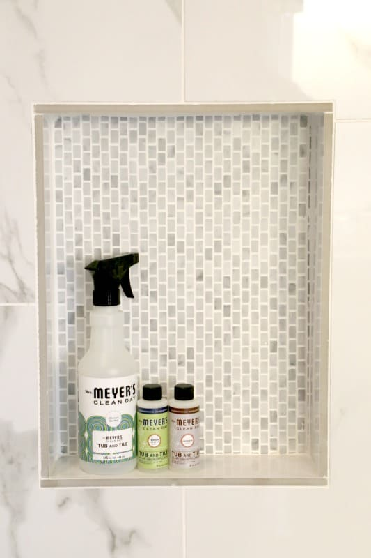 The Mrs. Meyeru0027s Tub And Tile Concentrate Is Specifically Made For Bathroom  Cleaning. It Has A Special Nozzle On The Spray Bottle To Help Keep Your  Bathroom ...