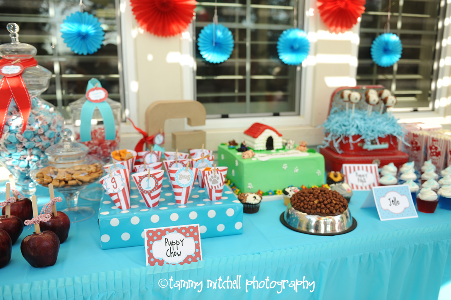 puppy party printables, puppy party ideas, dog party ideas, dog party printables, one year old birthday ideas, red and aqua party,