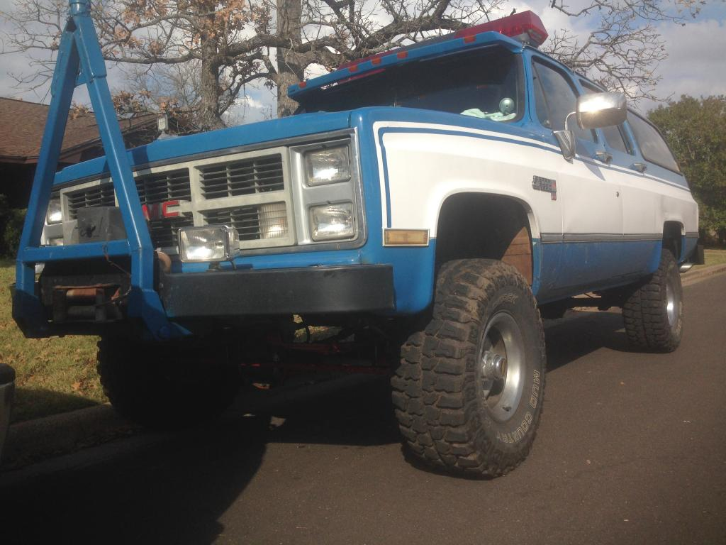 hight resolution of 1982 chevy k10 suburban mods 6 2 litre naturally aspirated detroit diesel nv4500 5 speed manual transmission 4 56 gears eaton posi in the rear diff