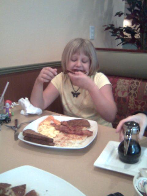 samaria-breakfast-megan