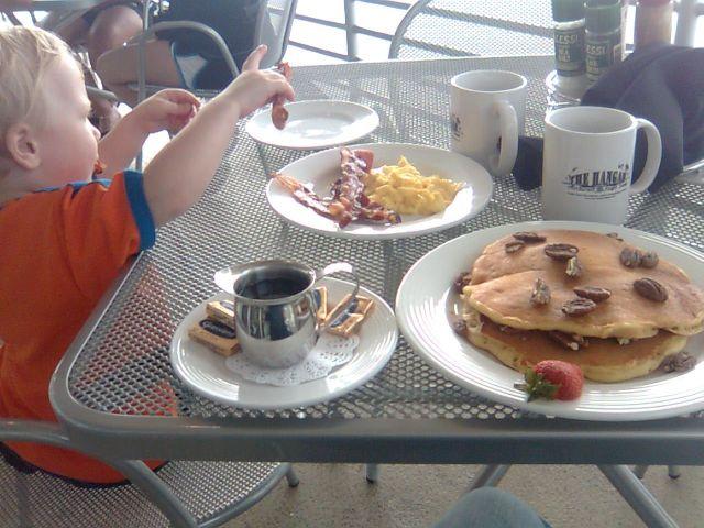 h-breakfast1