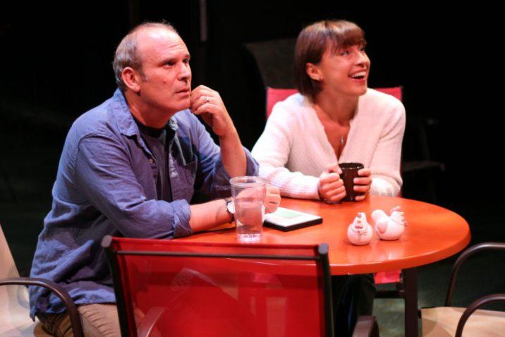 Bob (Randy Rosenthal) and Jennifer Jones (Joanna Scyz