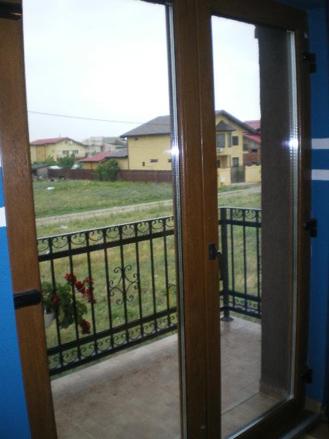 Usi Balcon PVC Si Aluminiu Tamplarie PVC La Preturi Mici
