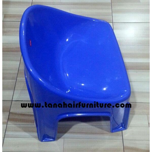 Kursi plastik anak Shinpo  warna biru muda