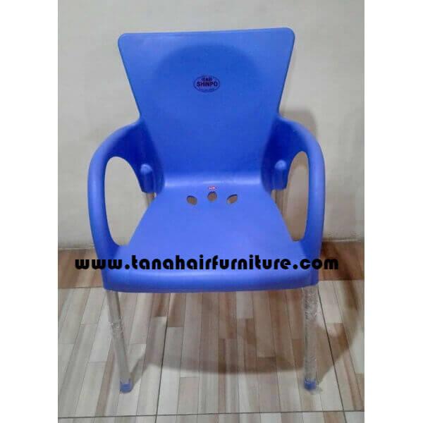 Kursi plastik Shinpo Fuga 291  Biru  tampak depan