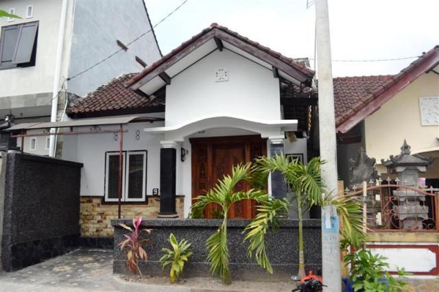 Dijual Rumah di Denpasar Barat lingkungan tenang dan nyaman - ( R1044 )