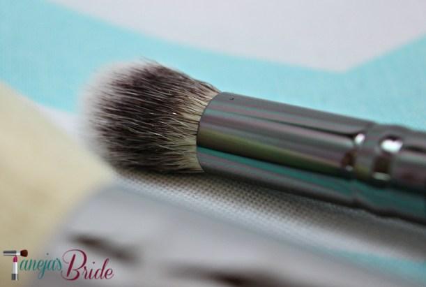 BrushITDualAirbrushFoundationConcealerBrush1
