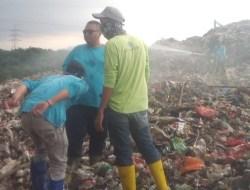 Tanggulangi Bau Sampah Menyebar, DLH Tangsel Lakukan Penyemprotan 4 Kali Sehari