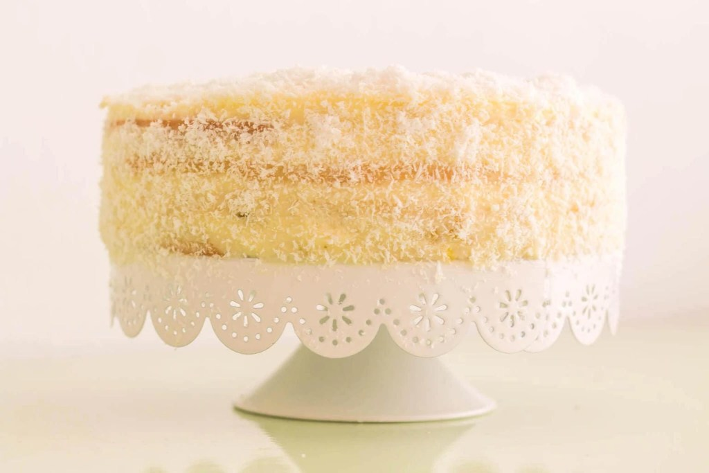 Piña Colada Cake - step-by-step recipe