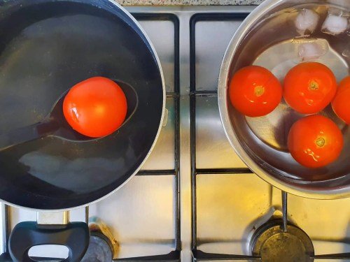 Salmorejo – Spanish Cold Tomato Soup - Preparation Steps - Scalding the tomatoes