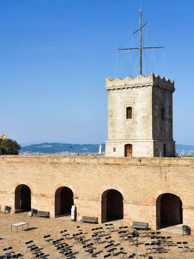 Discover Barcelona - Montjuic Castle Visit & Cable Car - Self Guided Tour- The courtyard of the Castle