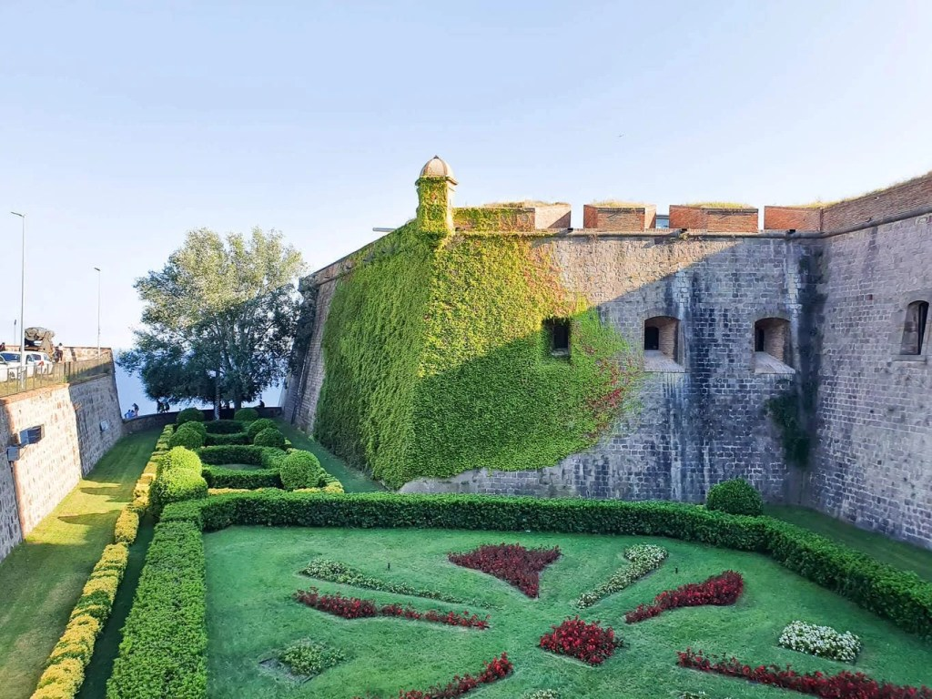 Discover Barcelona - Montjuic Castle Visit & Cable Car - Self Guided Tour- the castle