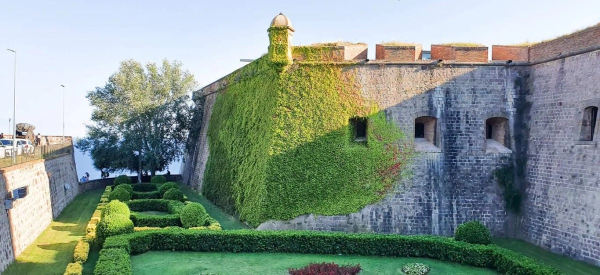 Discover Barcelona – Montjuic Castle Visit & Cable Car – Self Guided Tour