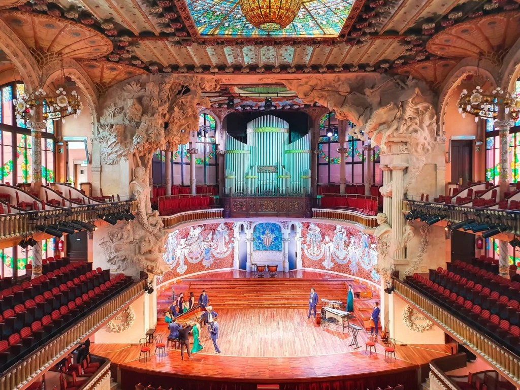 Palau de la Musica Catalana - (Barcelona) - Tour Guide & Tips for Visiting - concert hall - rehearsal