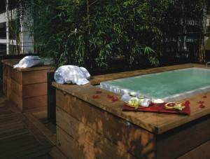Spa Vitale - outdoor tubs
