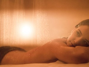 Vichy_Shower_Woman_568189_low-001