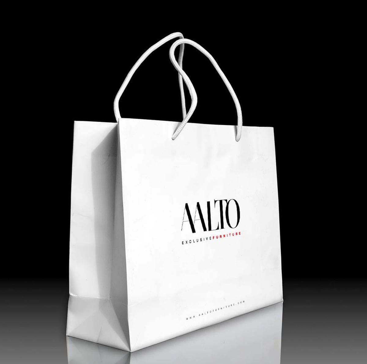Diseño de bolsas con logotipo para tiendas comerciales
