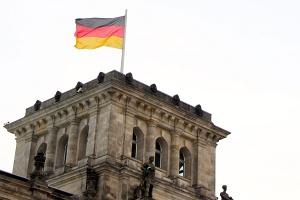 Ambasada Niemiec w Londynie - strajk Polaków