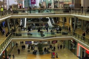 Centrum handlowe w Londynie - alarm bombowy