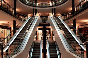 Najwieksze centrum handlowe w Londynie - sklepy - lista