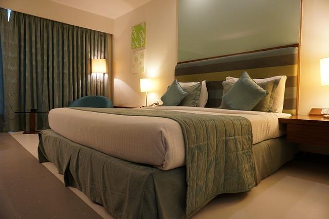 tanie hotele rezerwacja hotels.com
