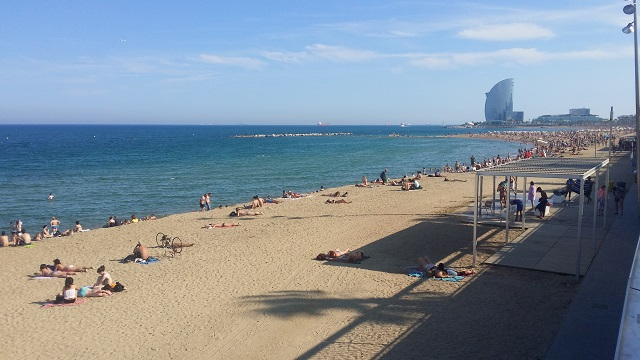 La Barceloneta - najlepsza plaża w Barcelonie