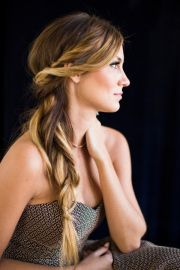natural glamour wedding hairstyles