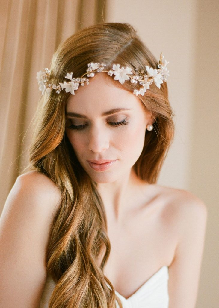 Effortless Chic  Boho bridal hairstyles for carefree bride