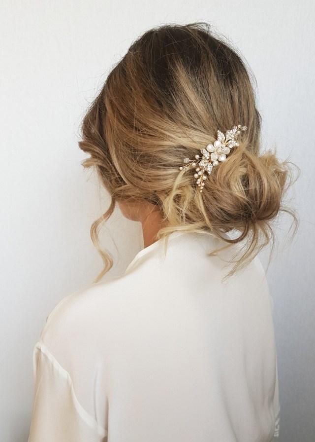 aries | pearl bridal hair comb