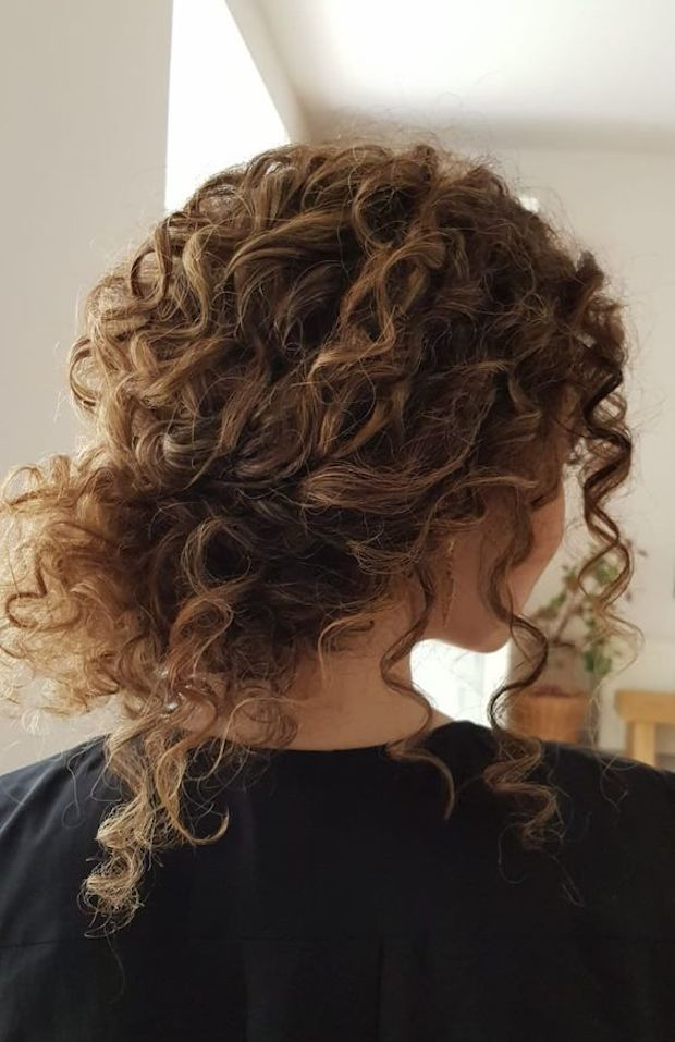 Untamed Tresses Naturally Curly Wedding Hairstyles