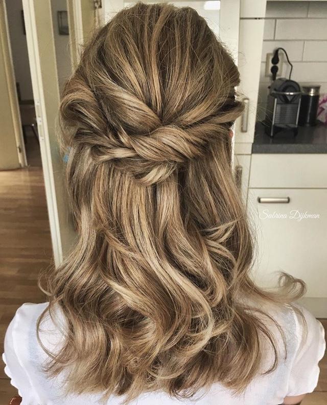 half up hairstyle 2018 wedding hair trends