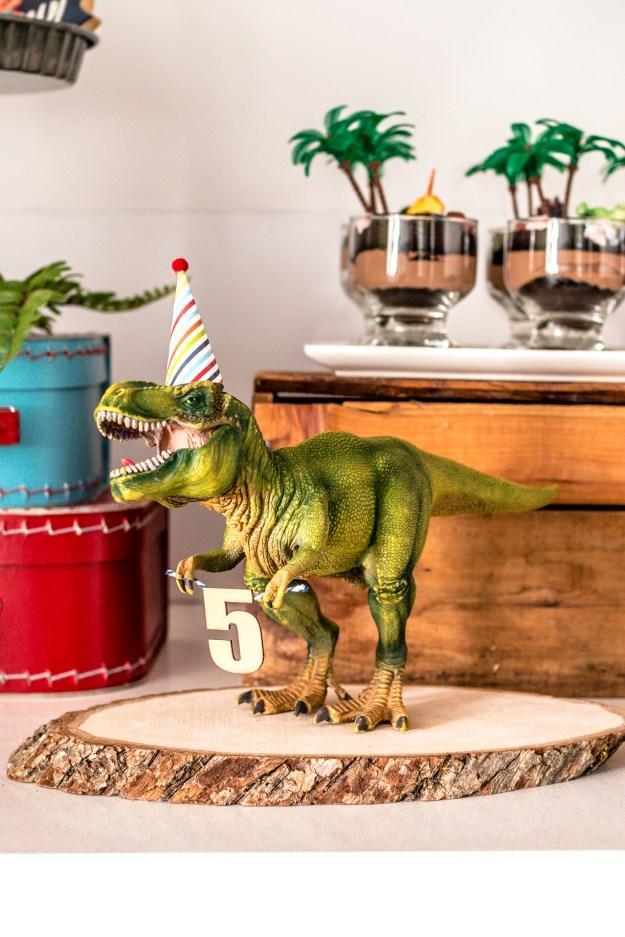 pastel dinosaurs Dinosaur centerpiece princess dinosaur party dinosaur birthday dinosaur dinosaur centerpiece sticks girly dinosaur