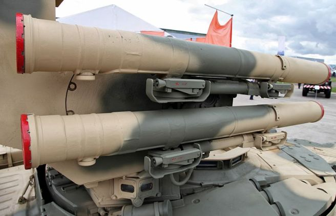 BMPT_Missiles_closeup_at_Engineering_Technologies_2012