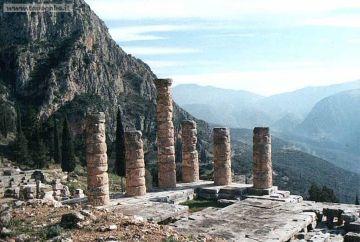 Delfi, Tempio di Apollo