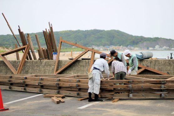 Construction des cabanes de plage