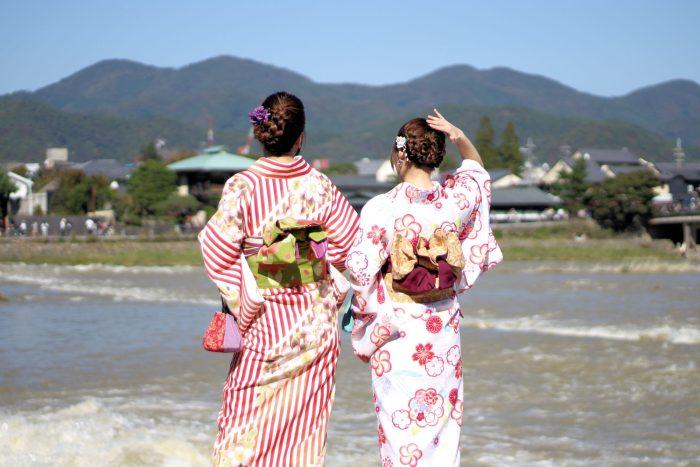 Arashiyama, son Romantic Train, ses bambous, ses Chinois